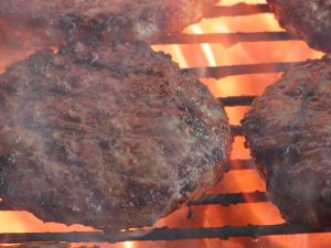 burgers_on_the_grill.jpg